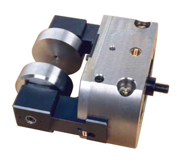 2 JAWS INDEX POWER CHUCK FOR SMALL VALVE